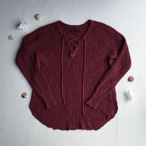 American Eagle Outfitters - Long Sleeved Sweater